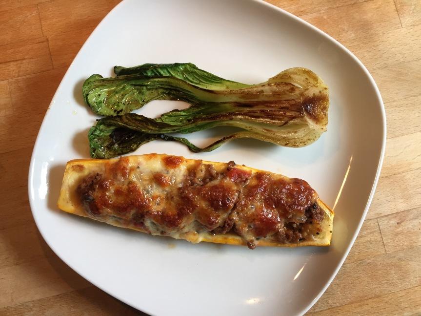 Gefüllte Zucchini + PakChoi