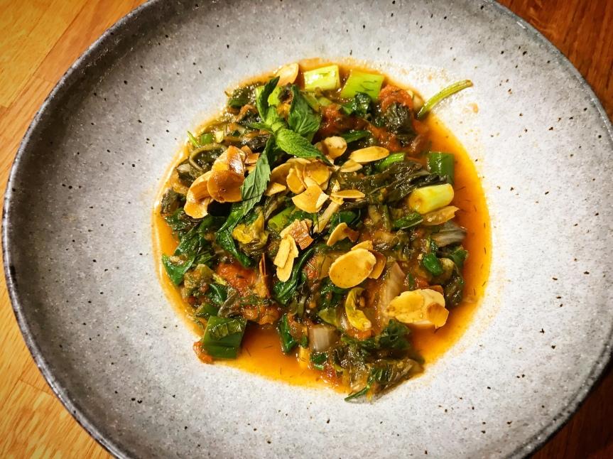 Spinat mit Mangold und Mandeln